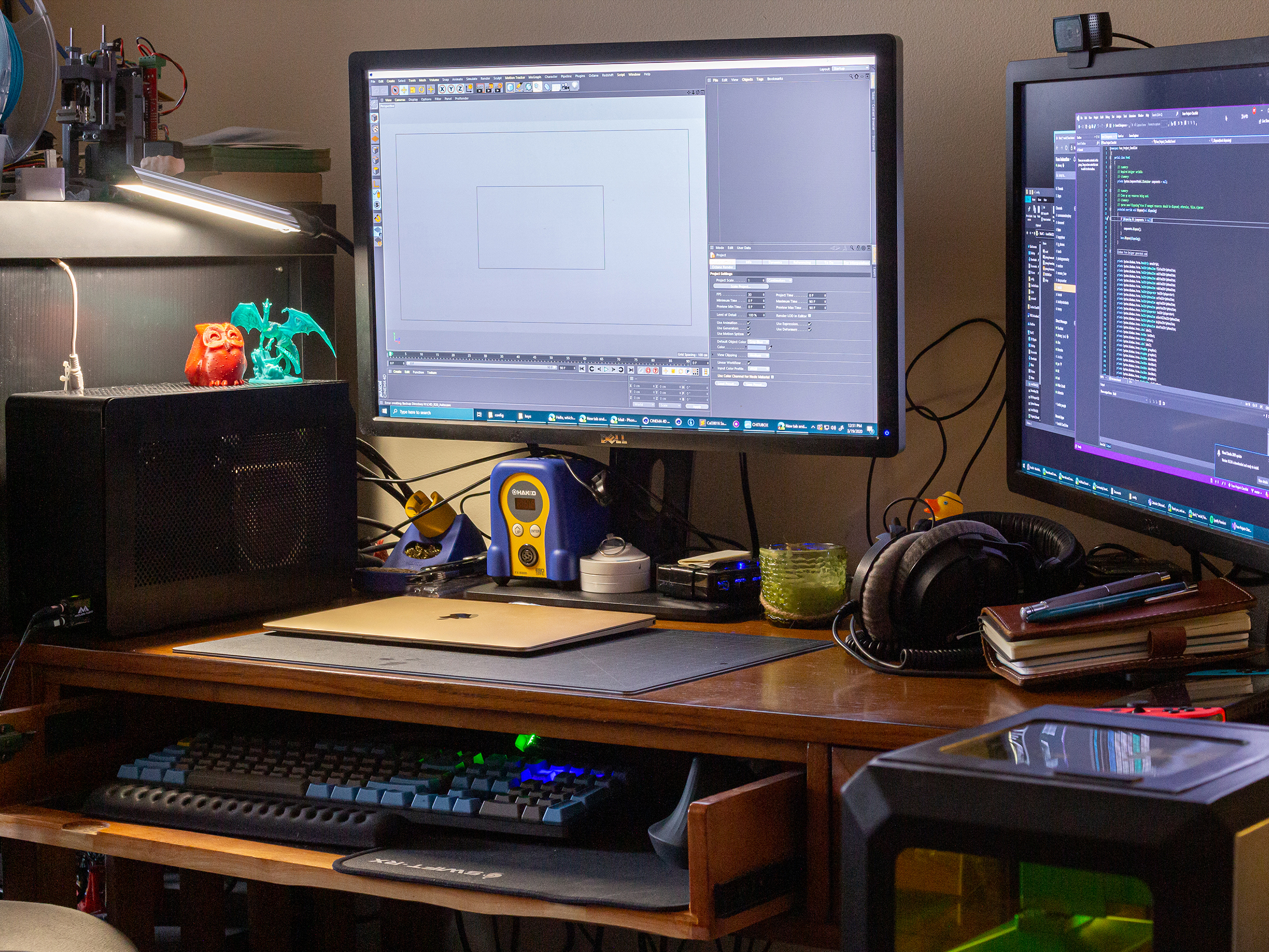 phong's working from home station